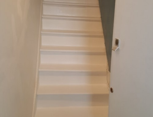 Before and after photos of beautiful stairs in white